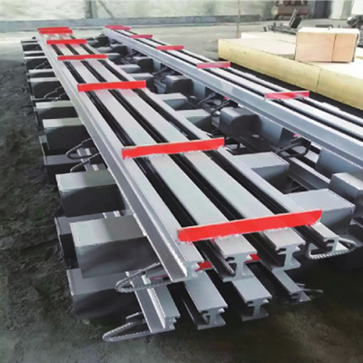 Modular Expansion Joint For Bridge